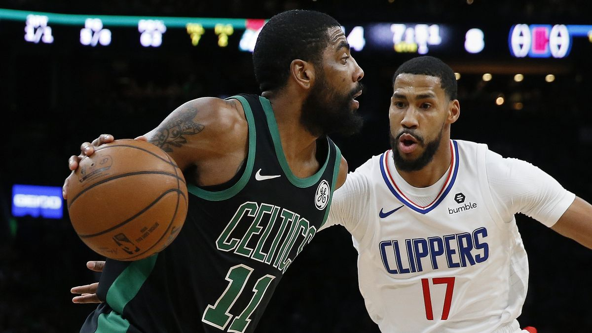 Kyrie Irving leaves Celtics game in first half due to right knee sprain