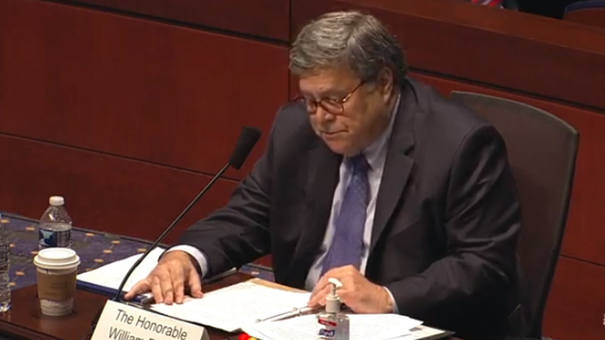 Barr defends federal law enforcement response in Portland