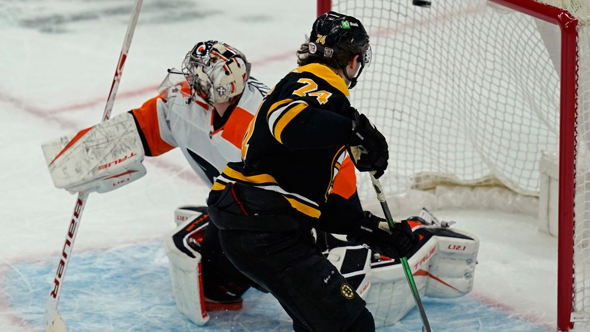 Bruins rally past Flyers for 5-4 shootout win in home opener