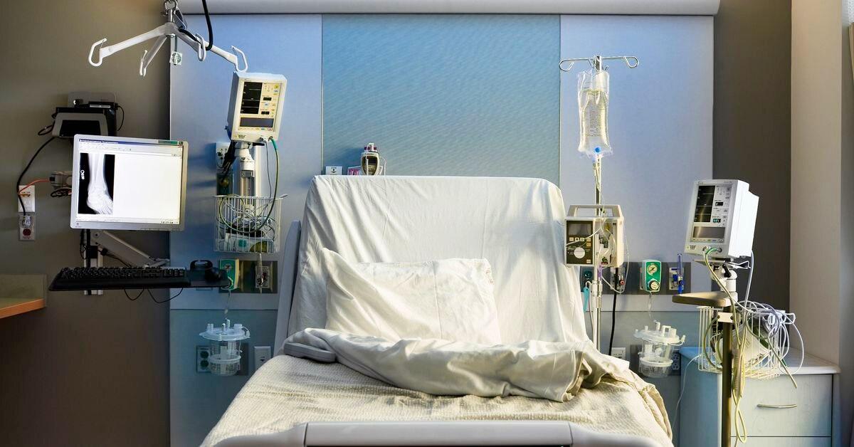 Teen awakes from year-long coma with no knowledge of coronavirus pandemic - Boston 25 News
