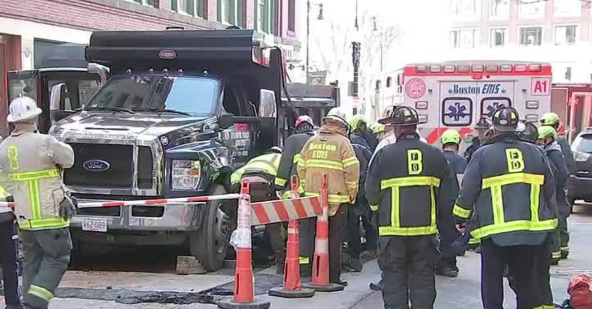 2 people killed after being struck at Boston construction site