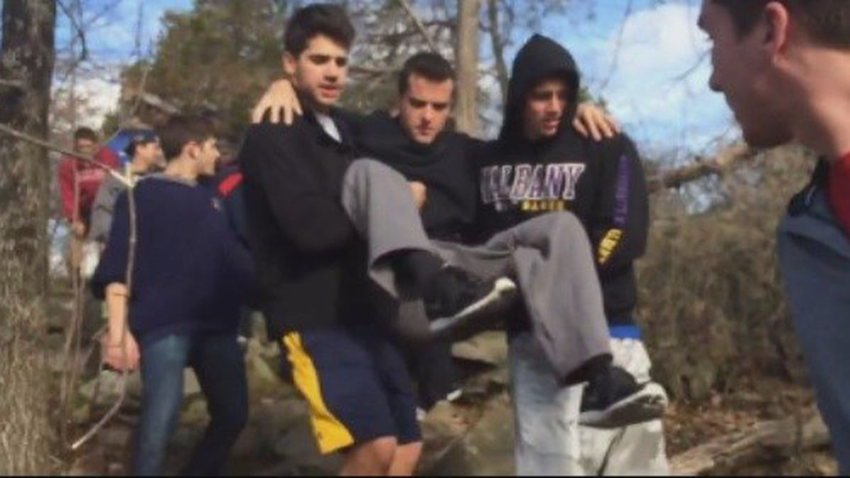 Connecticut frat helps disabled brother climb mountain