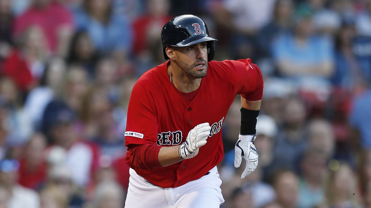 J.D. Martinez will reportedly not opt out of contract, will remain with Red Sox