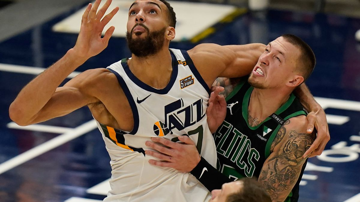 Mitchell scores 36, leads Jazz to 122-108 win over Celtics