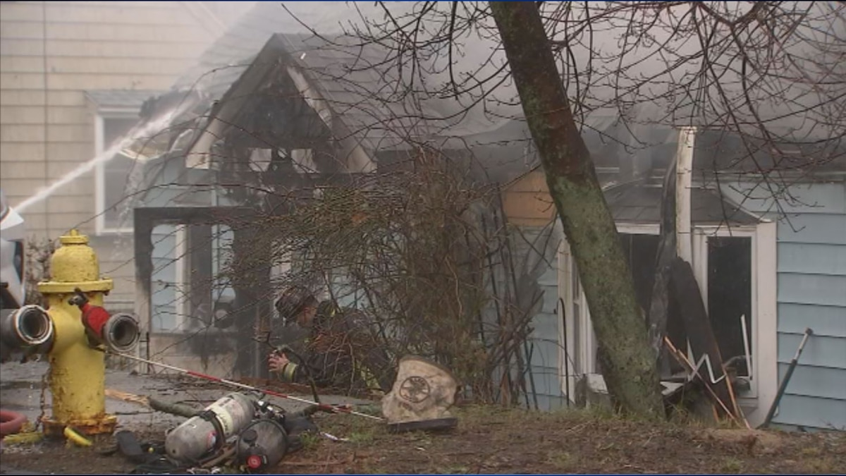 Three safely escape fire on Christmas morning, house a total loss