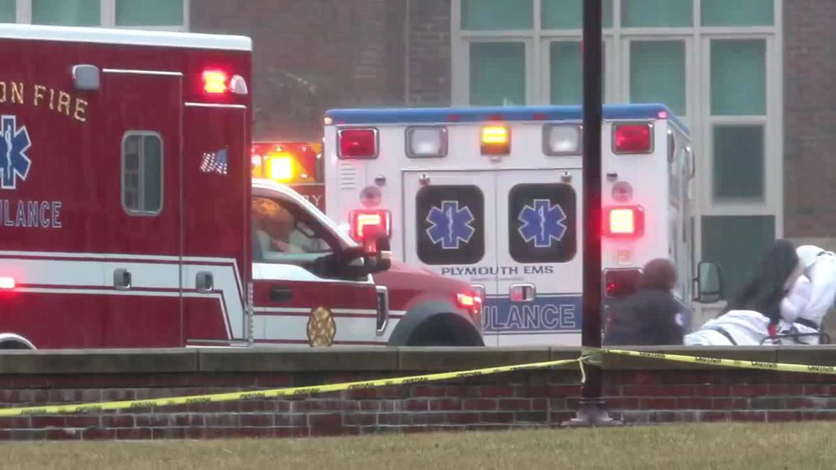 Odor inside Kingston high school sent three dozen people to the hospital