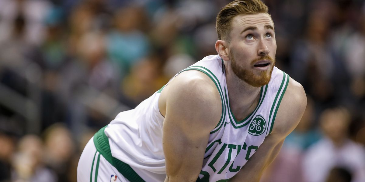 Celtics forward Gordon Hayward fractures hand in win over Spurs