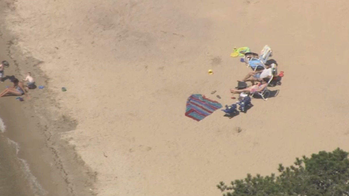 Mashpee beaches open to residents only, parking restrictions issued