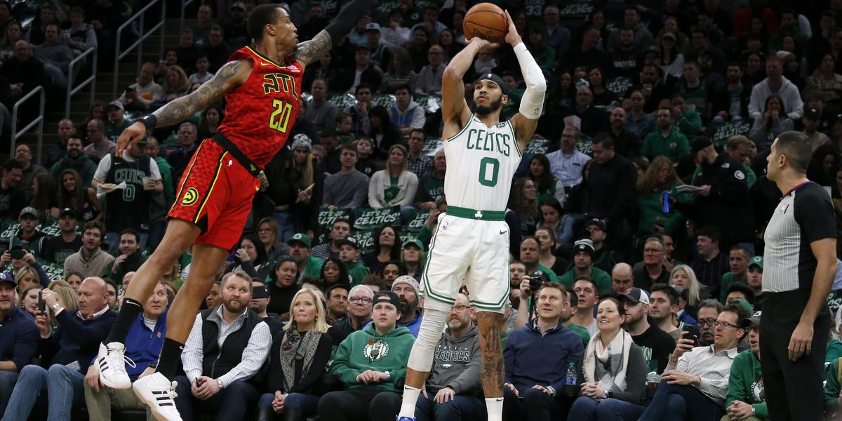 Tatum scores 32, helps Celtics hold off Hawks 112-107