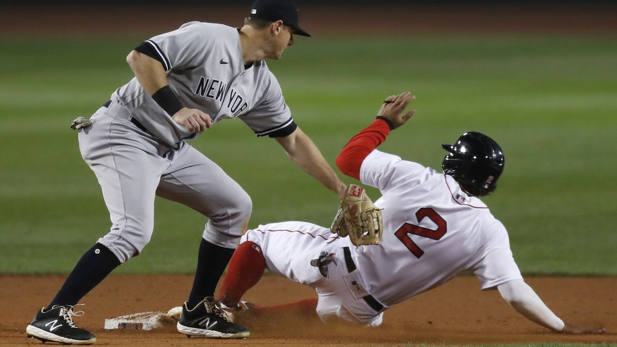Yankees rally, beat Bosox 6-5 in 12 for 9th straight win