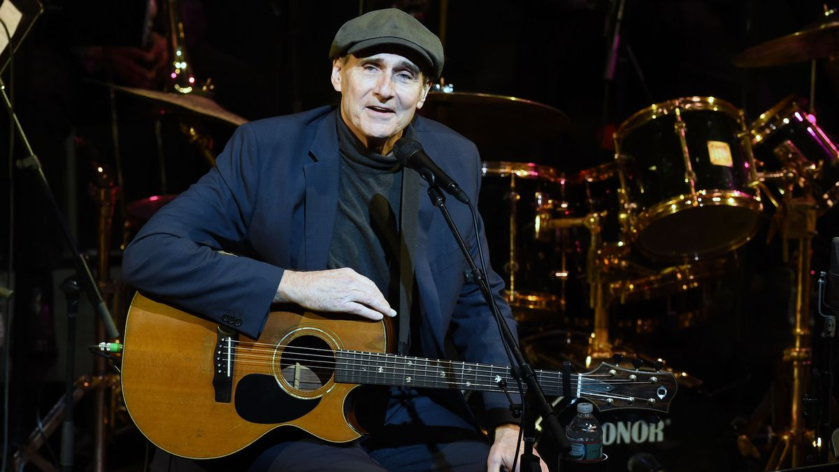 James Taylor, wife donate $1 million to MGH during COVID-19 pandemic