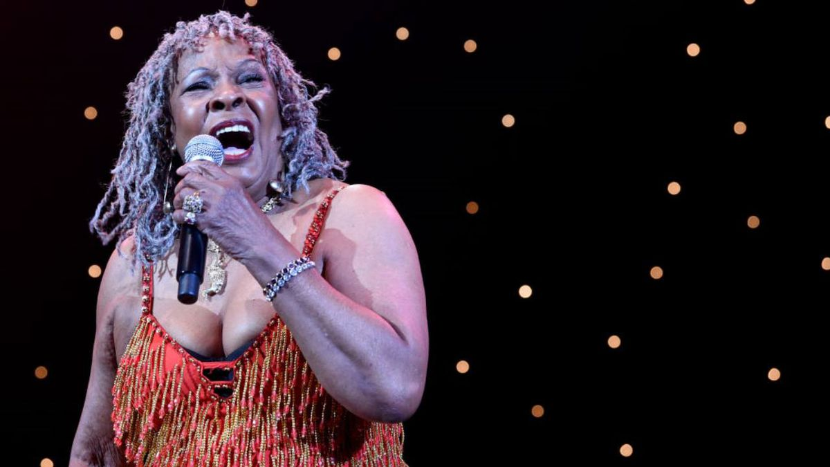 Singer Martha Reeves to be honored by arts council