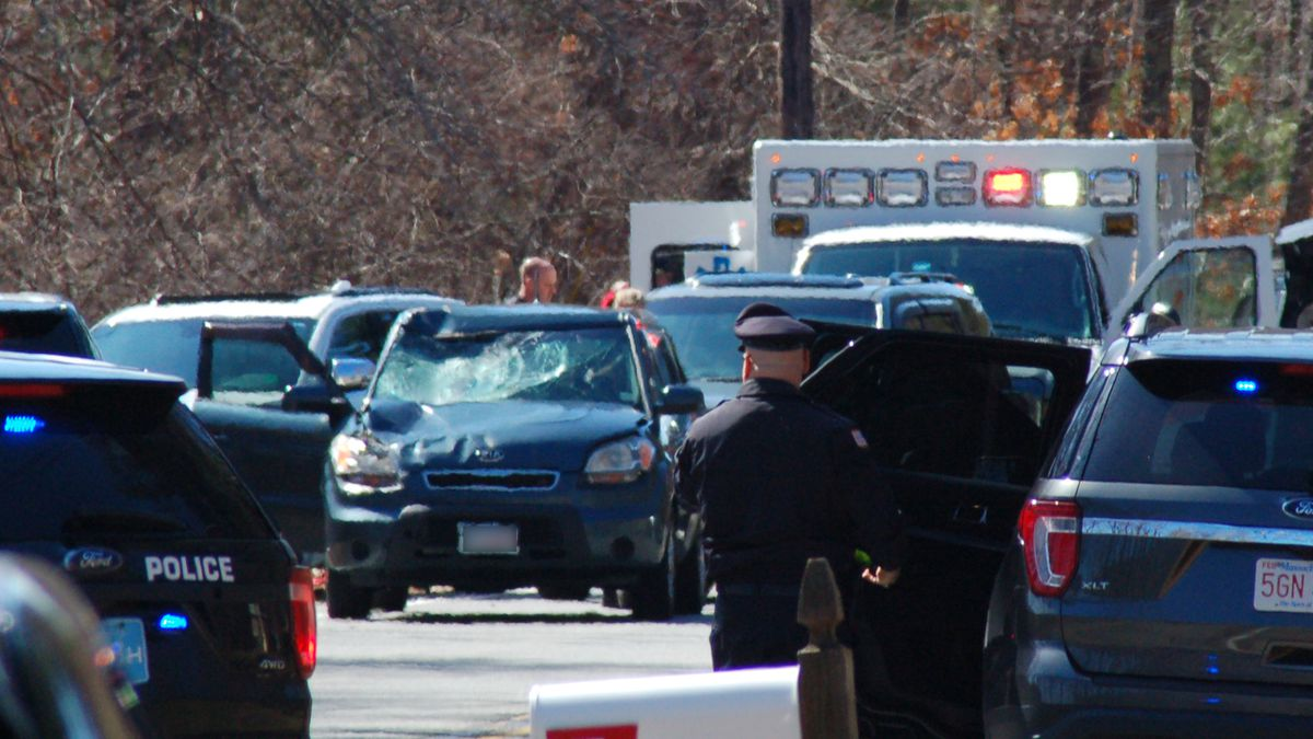 1 of 3 bicyclists hit by car in Ipswich has died, DA says