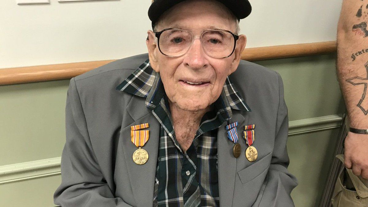 WWII Navy veteran, 93, awarded medals seven decades after Iwo Jima