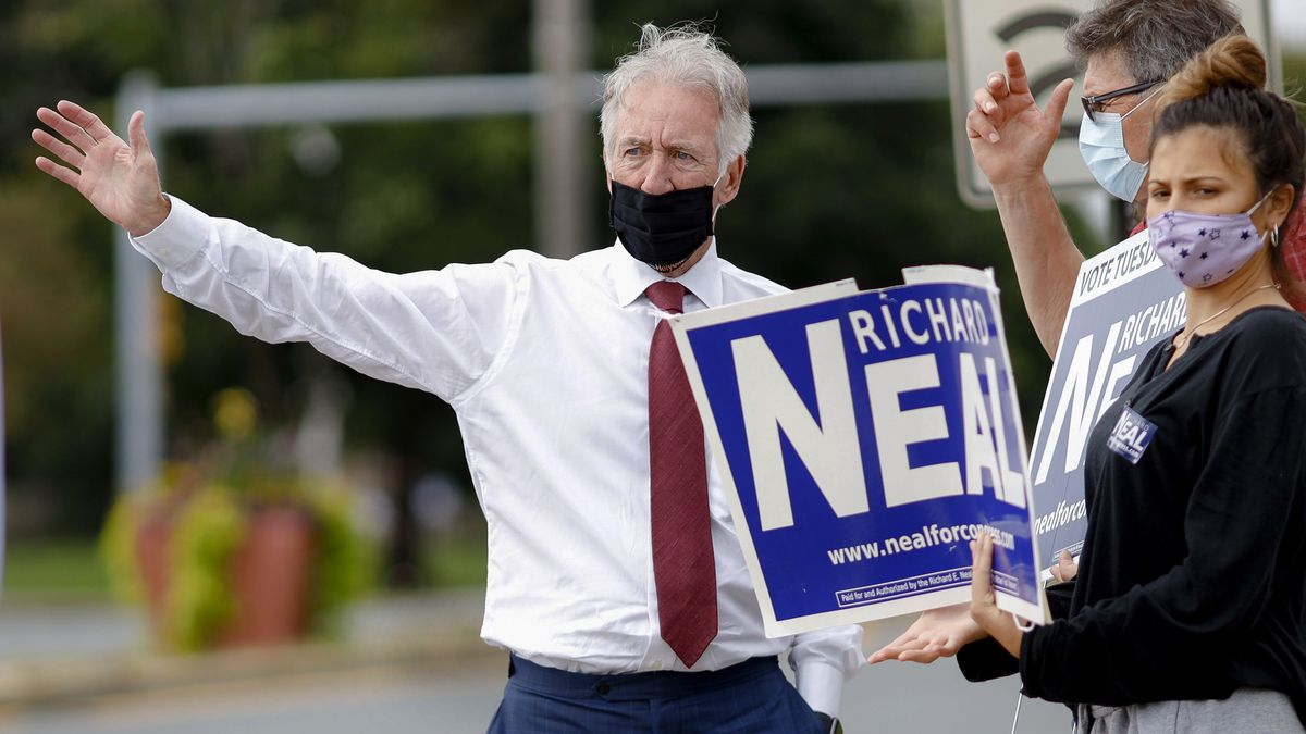 Reps. Neal, Moulton, Lynch win in Democratic primary races