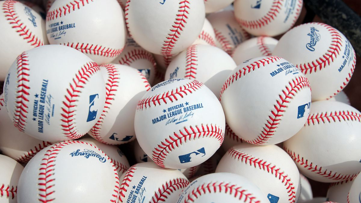 Manfred says there might not be an MLB season