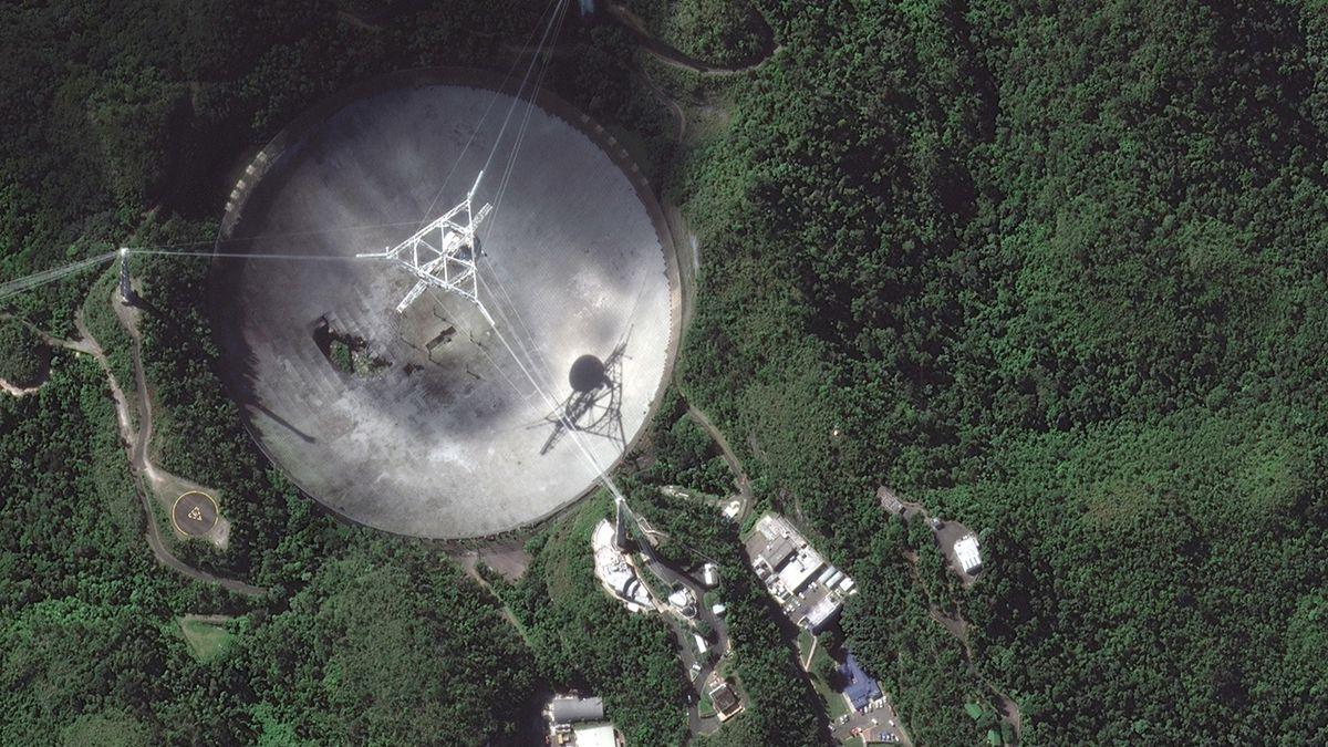 Massive Arecibo Observatory radio telescope collapses in Puerto Rico