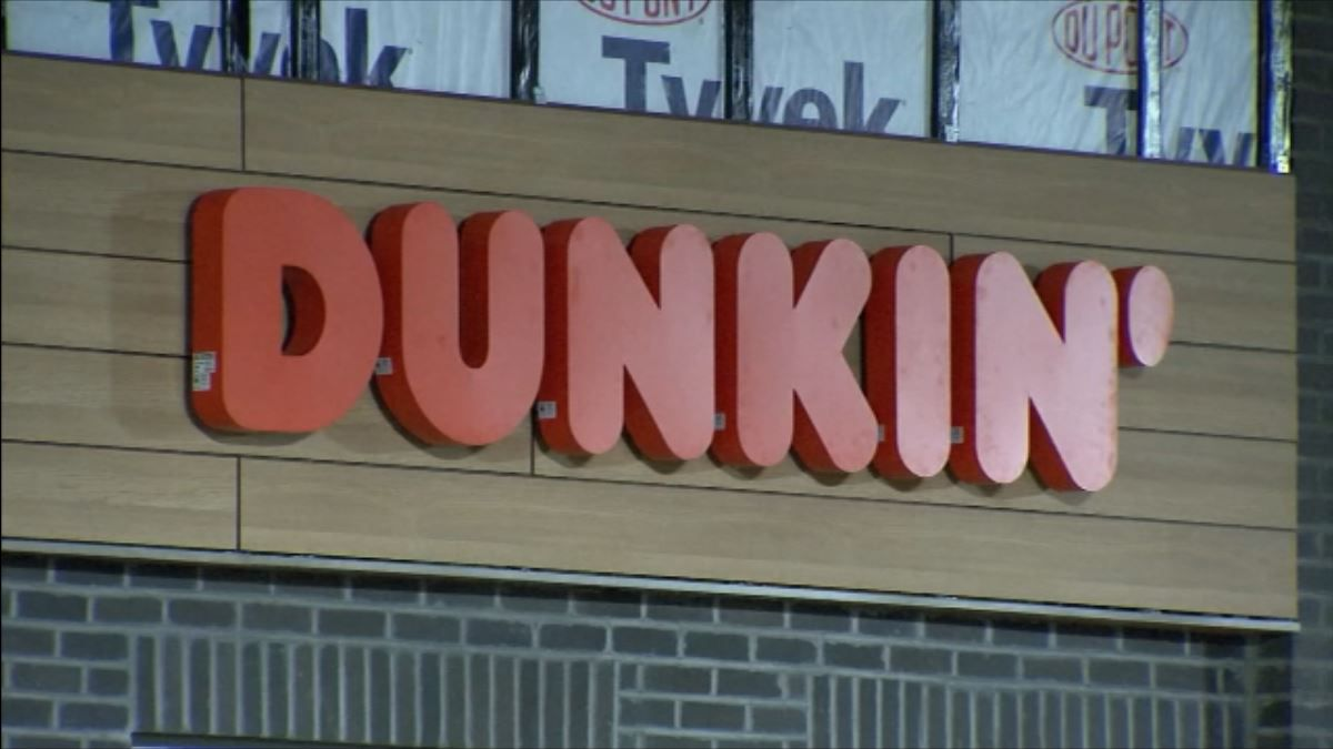 LIVE VOTE: Dunkin' opening new location in Boston without the 'Donuts'