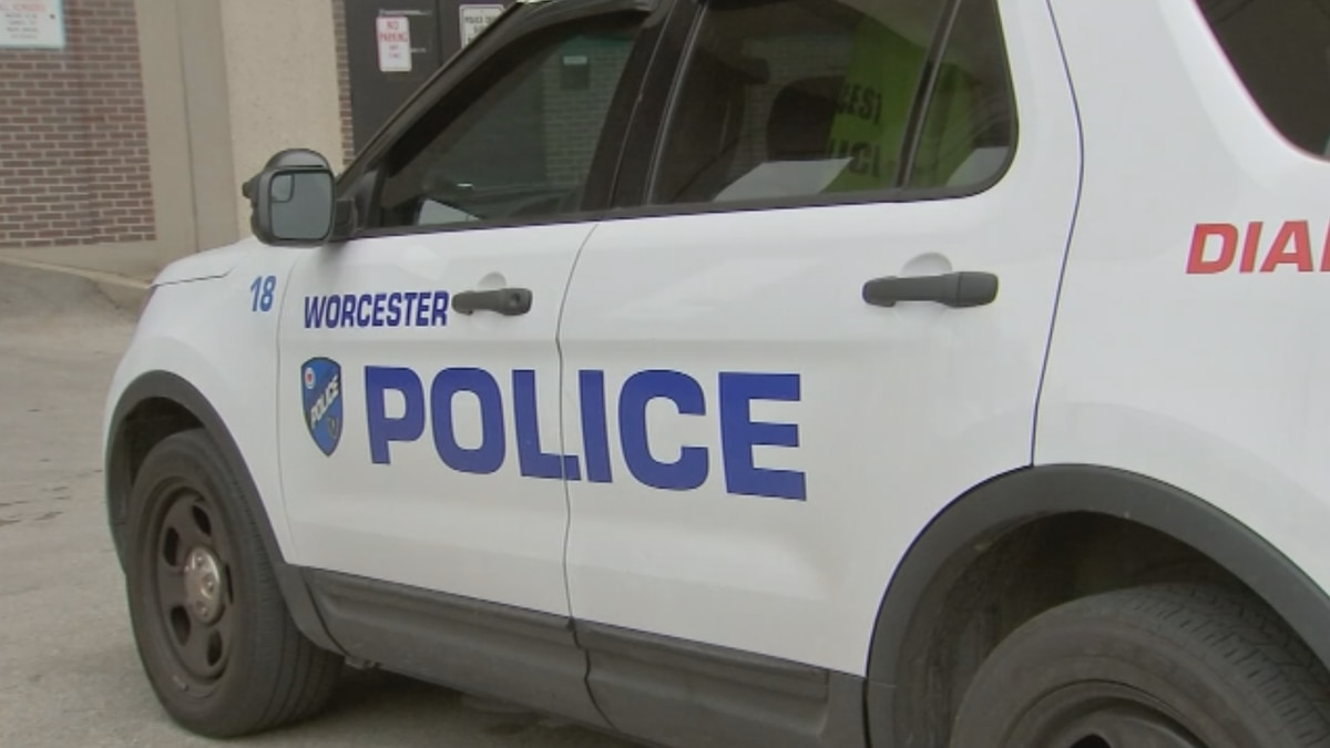 Worcester man faces multiple charges after stabbing